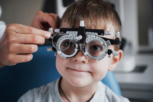 Consultation ophtalmo - enfant